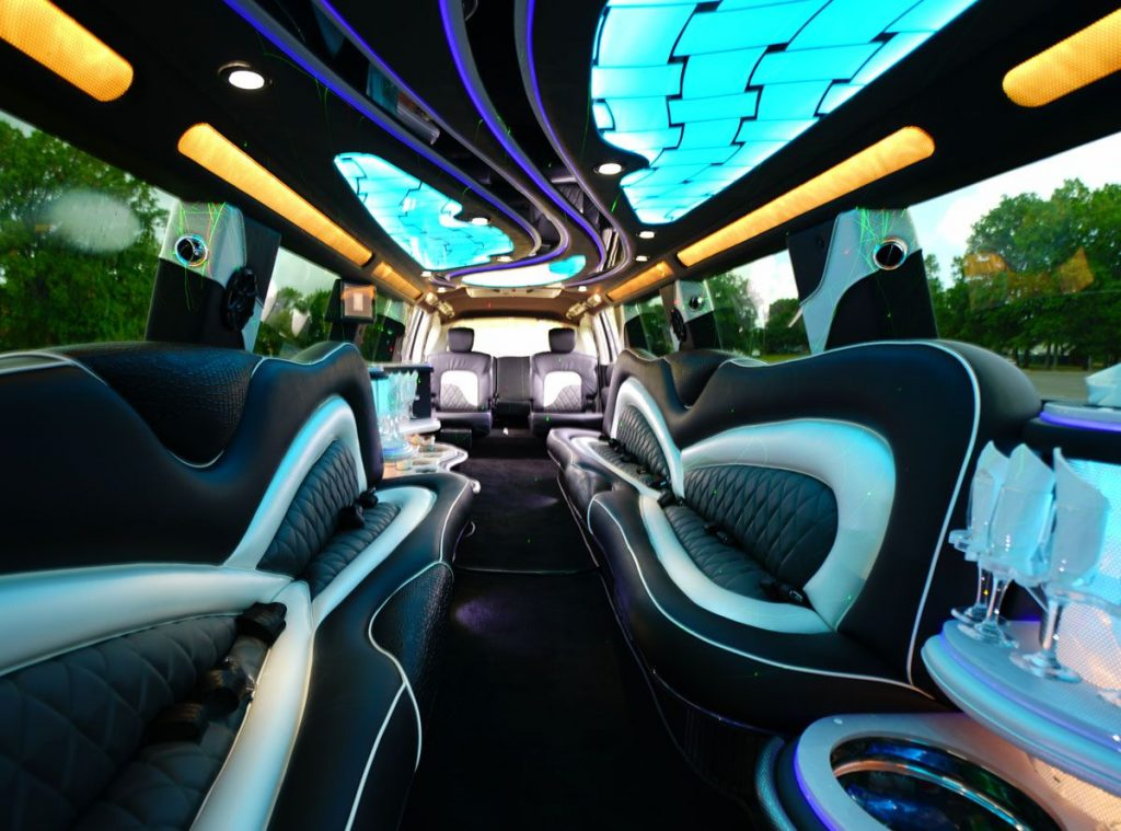Houston Infinity Limousine Rates, Limo, White, Black Car Service, Wedding, Round Trip, Anniversary, Nightlife, Getaway, Birthday, Brewery Tour, Wine Tasting, Funeral, Memorial, Bachelor, Bachelorette, City Tours, Events, Concerts, Airport, SUV