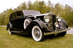 Houston Wedding Getaway Car Services, Limo Rental, Sedan, Party Bus, Shuttle, Charter, Bride, Groom, Classic, Vintage, Antique, White Rolls Royce Bentley, One Way, Limousine