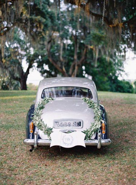 Houston Wedding Getaway Car, Limo Rental, Sedan, Party Bus, Shuttle, Charter, Bride, Groom, Classic, Vintage, Antique, White Rolls Royce Bentley, One Way, Limousine